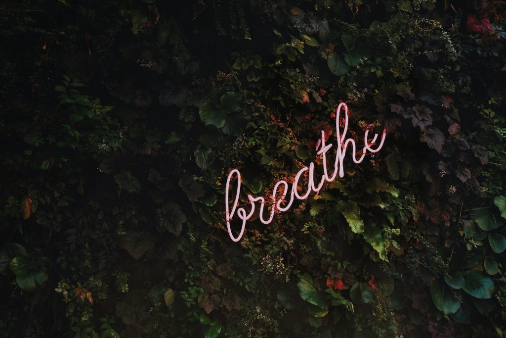 Mindful ways to manage stress levels starts with focused breathing